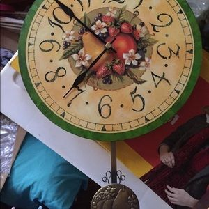 Avon Bountiful Harvest Wall Clock